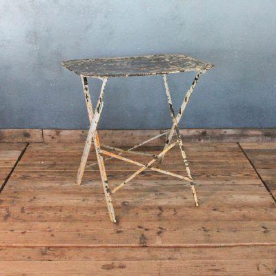 Tavolino da bistrò giallo ruggine anni '30
