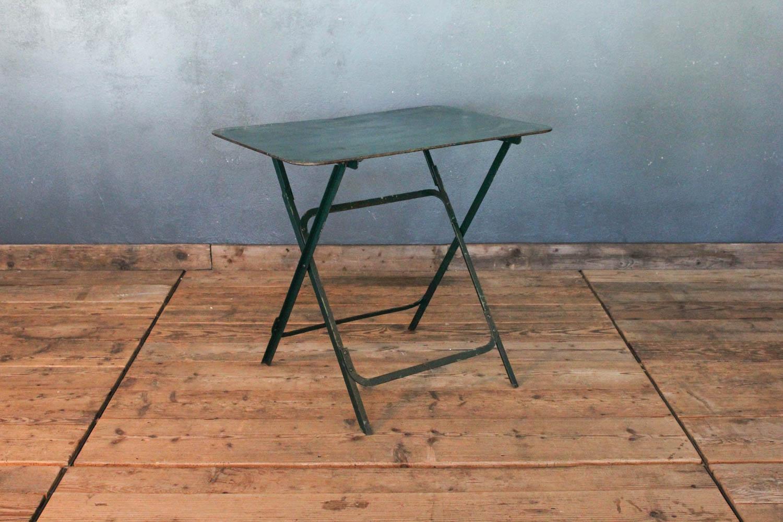Tavolino da bistrò verde scuro in ferro pieghevole