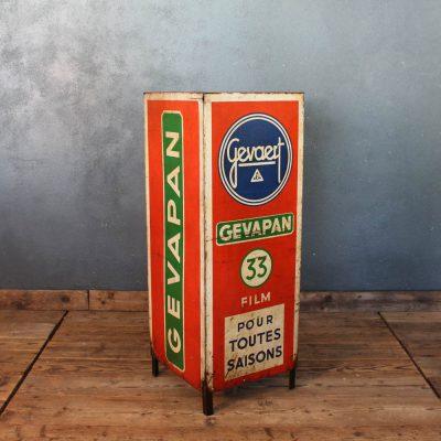 Pubblicità rosso e blu di pellicole fotografiche della Gevaert