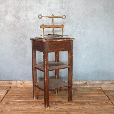 Pressa/cartiera in ferro e legno vintage