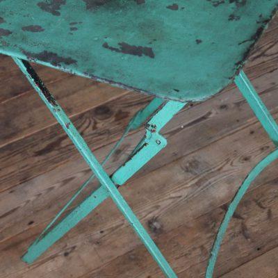 Tavolino da bistrò azzurro anni '30