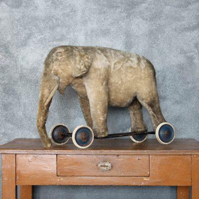 Elefantino giocattolo anni '40 a rotelle giocattolo