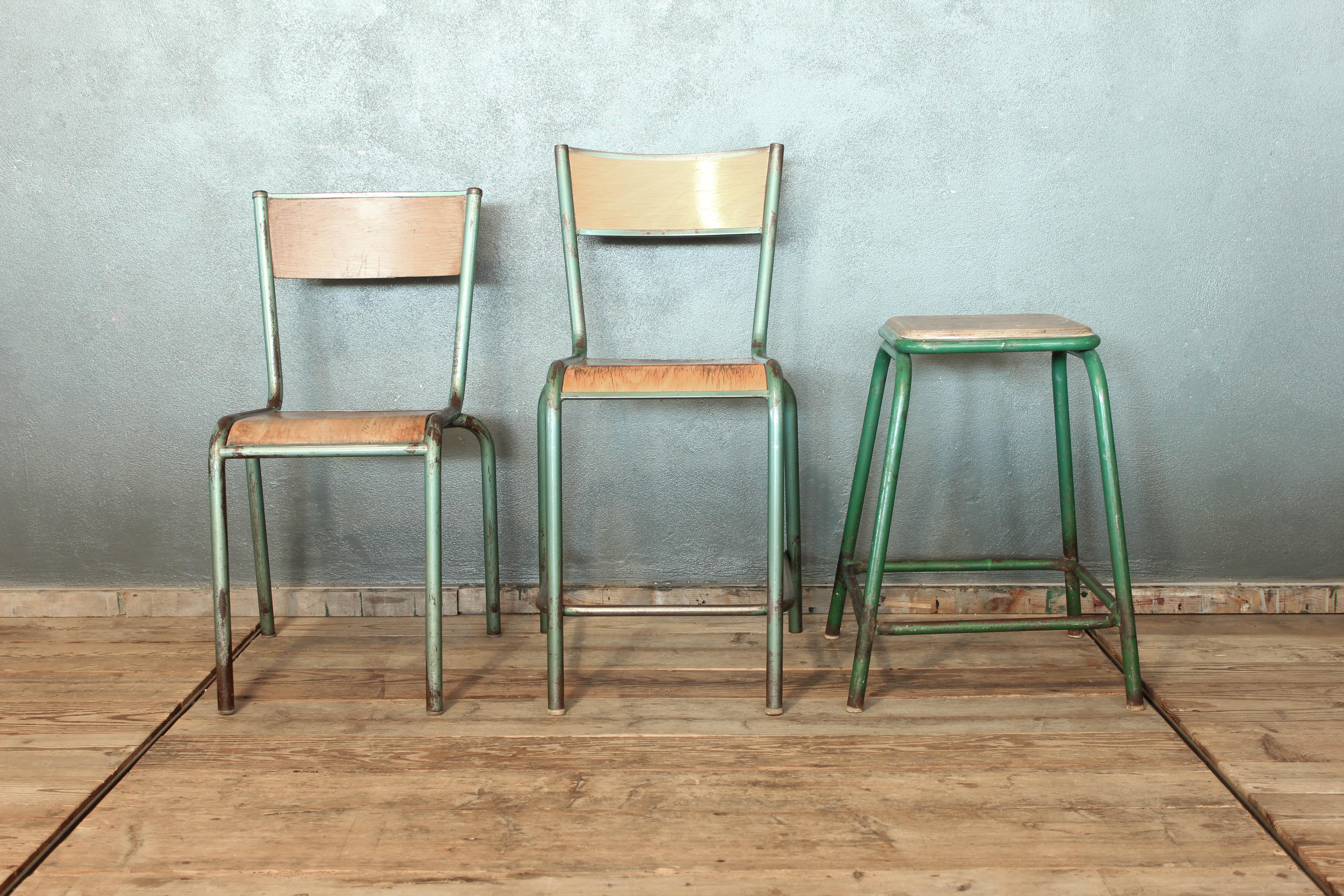 Sgabelli da scuola: sgabelli e tavoli disegno. sgabello arredamento