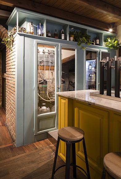 Tavoli E Panche Per Bar.Rumori La Centrale